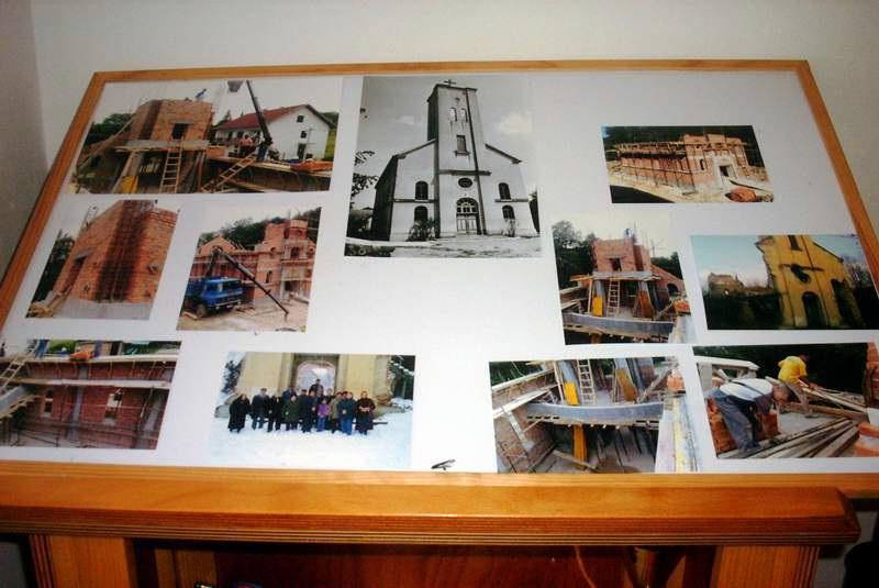 Ovako je tekla gradnja crkve 2009. U sredini je crnobijela fotografija stare crkve snimljena 1960.-tih godina